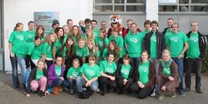 Jugendliche aus den unterschiedlichsten Abteilungen des SC Eichwalde 2000 im Sportzentrum Lindow. (Foto: Ralph Bankmann)