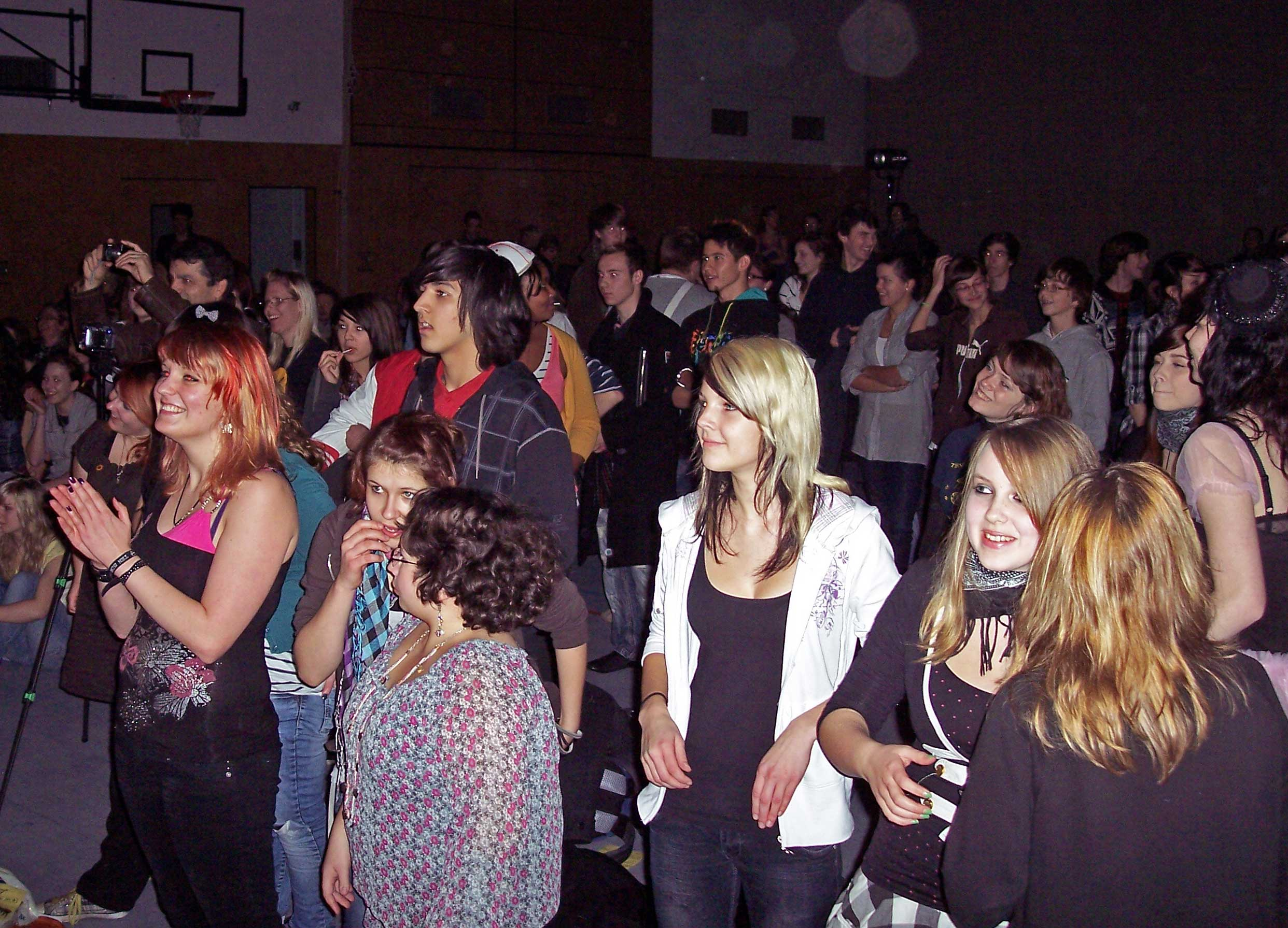Unter dem Publikum waren viele aus anderen Ten Sing-Gruppen. (Foto: jl)