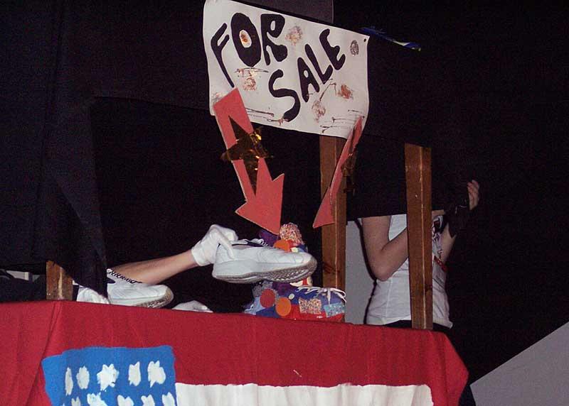 Der Schuh, in China produziert, wird in den USA verkauft. (Foto: jl)