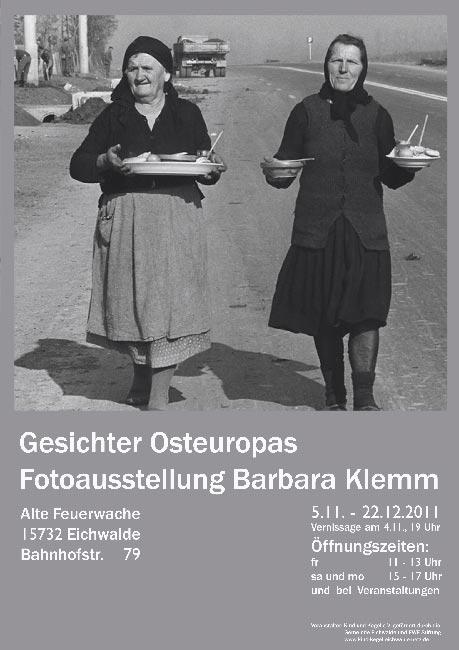 Plakat zur Fotoausstellung mit Bildern von Barbara Klemm.