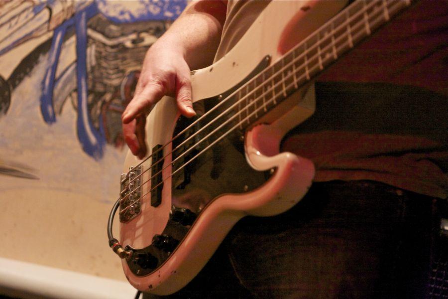 E-Bass. (Foto: Jörg Levermann)