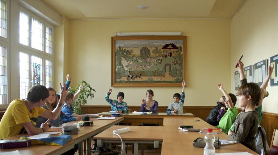 Das neu gewählte Kinder- und Jugendparlament besteht etwa zur Hälfte aus neuen Mitgliedern. (Foto: Jörg Levermann)