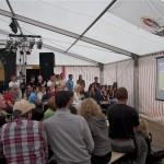 Fußballfans konnten auch im Festzelt live dabei sein beim EM Auftaktspiel Deutschland-Portugal. (Foto: Jörg Levermann)