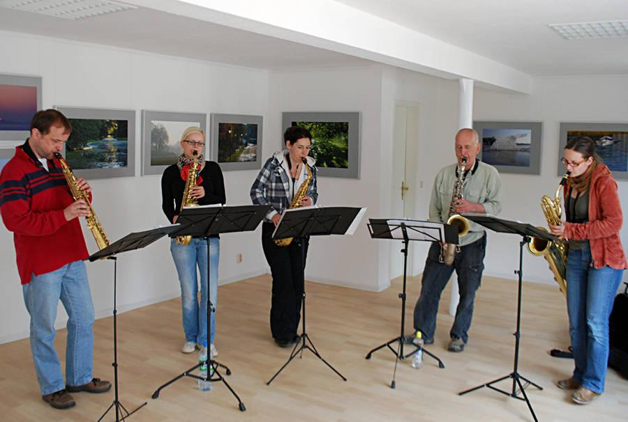 Stücke aus der klassischen Musik bis hin zu zeitgenössischer Musik bilden das Programm des Saxofon-Quintetts Staff. (Foto: Staff)