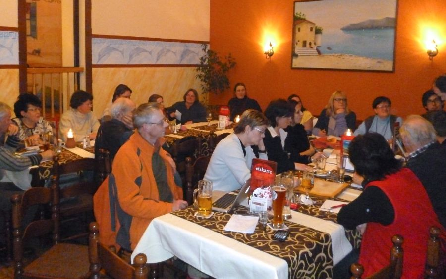 Vereine diskutierten am vergangenen Mittwoch über den Ablauf und die Organisation des 47. Rosenfestes. (Foto: Peter Muschick)