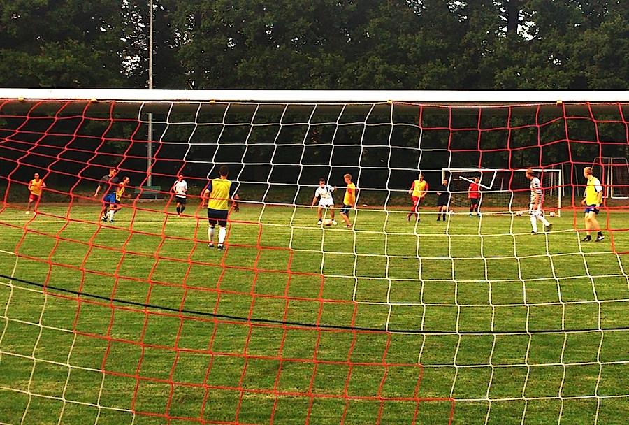 Ab 10. August 2013 bietet der SC Eichwalde jeden Samstag von 15 bis 17 Uhr Freizeitfußball für Jedermann. (Foto: SC Eichwalde 2000 e.V)