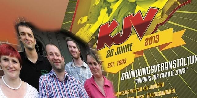 Seit 20 Jahren gibt es den Kinder- und Jugendverein (KJV). Am Samstag, 14. September 2013 wird das ab 14 Uhr groß gefeiert. (Montage mit Foto und Plakat vom KJV, Jörg Levermann)