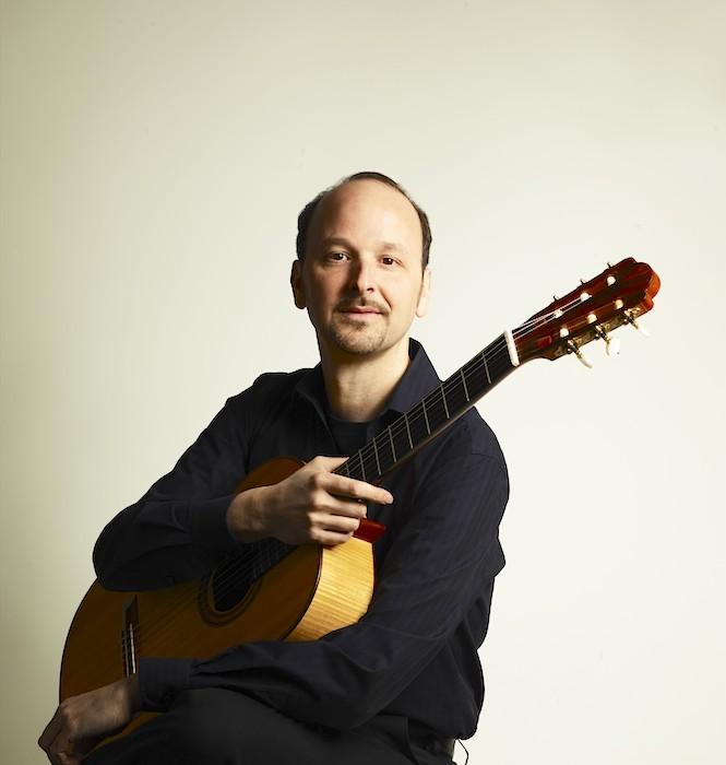 Der Gitarrist Johannes Tonio Kreusch gastiert am 1. März 2014 in der Alten Feuerwache. (Foto: Detlef Schneider)