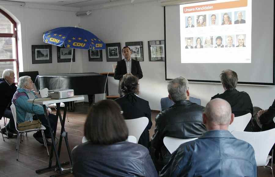 Jürgen von Meer stellte das Programm für die nächsten Legislaturperiode des Gemeindeparlaments vor. (Foto: Jörg Levermann)