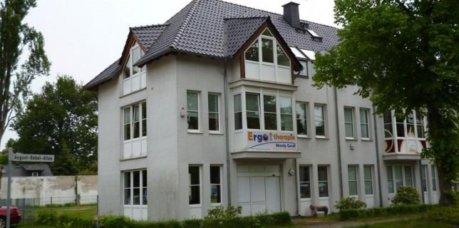 """Hier sieht man Der neue Treff des """"Club Eichwalde"""" in der August-Bebel-Allee 34. (Foto: Cornelius Beutling)"""