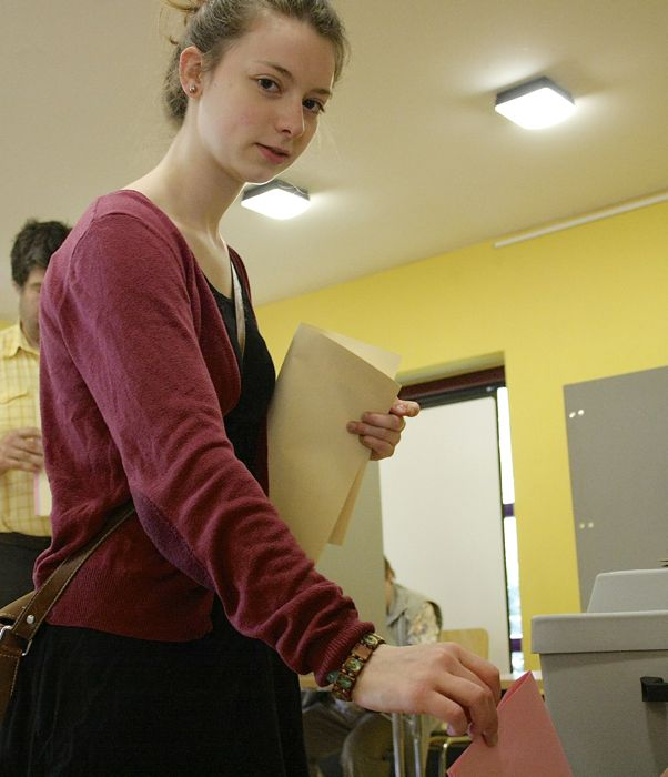 Fast 90 Erstwählerinnen und Erstwähler in Eichwalde unter 18 Jahre dürfen heute zum ersten Mal die Gemeindevertreter und Kreistagsabgeordneten wählen. (Foto: Jörg Levermann)