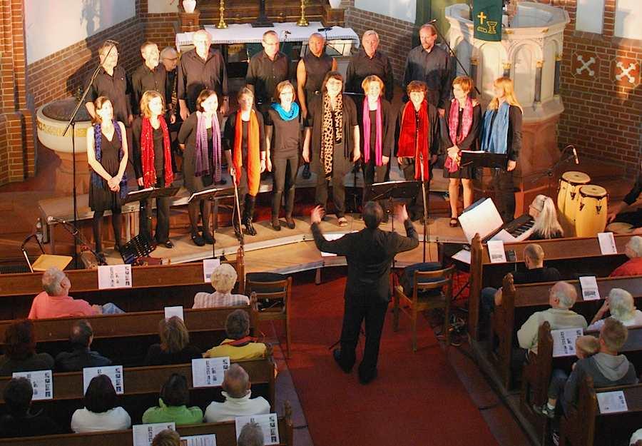 Erneut gastieren die Joyful Singers in der Evangelischen Kirche am Händelplatz. (Foto: Burkhard Fritz)