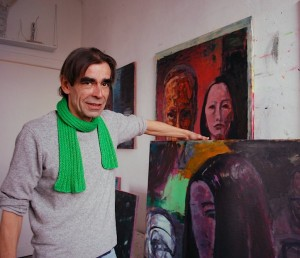 Der Maler Thomas Carl aus Berlin bezieht Fotos in seine Gemälde ein. Am Freitag wird seine Ausstellung in der Alten Feuerwache eröffnet. (Foto: Burkhard Fritz)