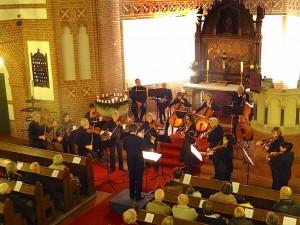 Das Schmöckwitzer Kammerkonzert lockte mehr als 200 Musikbegeisterte in die evangelische Kirche am Händelplatz. (Foto: Burkhard Fritz)