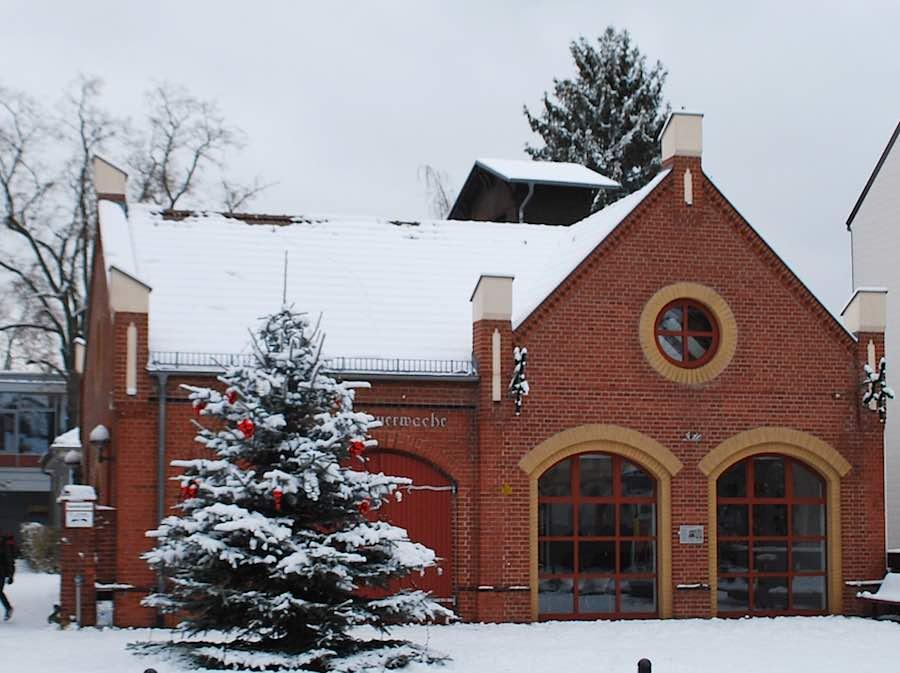 Alte Feuerwache im Winter. (Foto: Burkhard Fritz)
