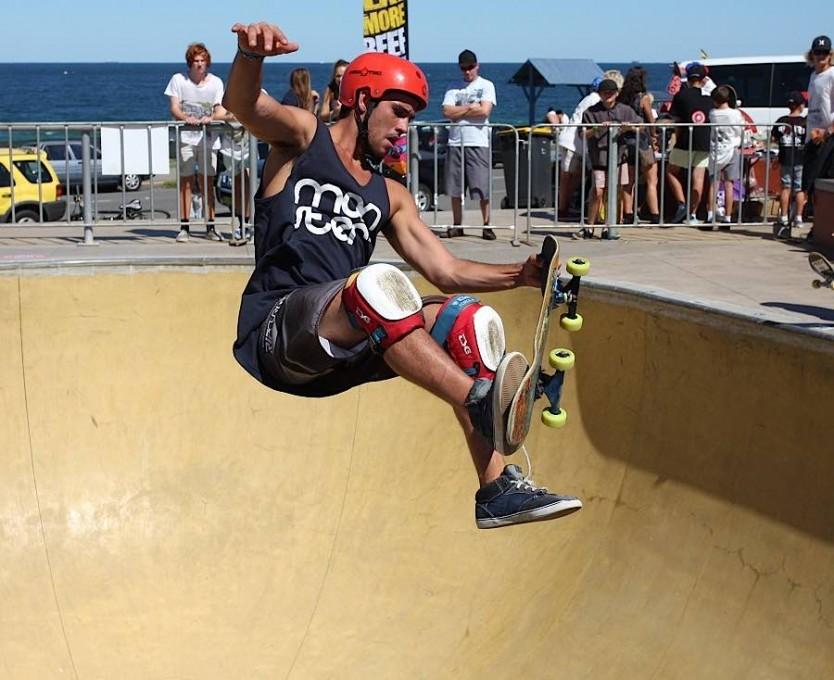 bowl-skate-boarding