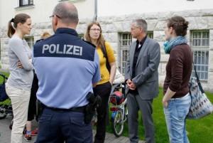 Offiziell angemeldet als Demonstration war die Kundgebung von Eltern, die damit den Streik des Kita-Personals unterstützen wollten. (Foto: Jörg Levermann)