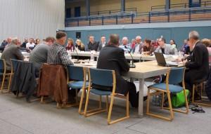 Im November tagte der Runde Tisch in der Mehrzweckhalle. Am 12. Dezember wird das Rathaus der Veranstaltungsort sein. (Foto: Jörg Levermann)