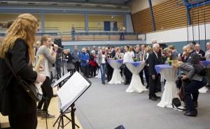 Eine Band der musikbetonten Gesamtschule Paul Dessau aus Zeuthen bot den musikalischen Rahmen beim Neujahrsempfang in der Mehrzweckhalle in Schulzendorf. (Foto: Jörg Levermann)
