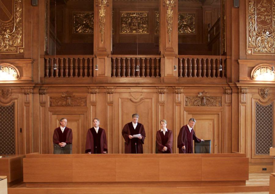Im großen Saal des Bundesverwaltungsgerichts in Leipzig verkündete die 5. Strafkammer des Bundesgerichtshofs das Urteil im Revisionsverfahren zum Alyssa-Mord. (Foto: Jörg Levermann)