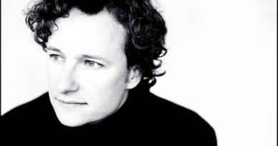 Martin Helmchen gibt Klavierkonzert in der Alten Feuerwache